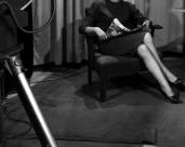 L44247 Woman's legs and tripod