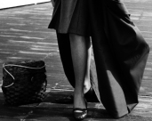 L44631 ladies leg, cloak