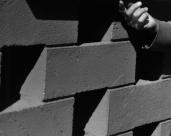 L44952 hand and bessa bricks